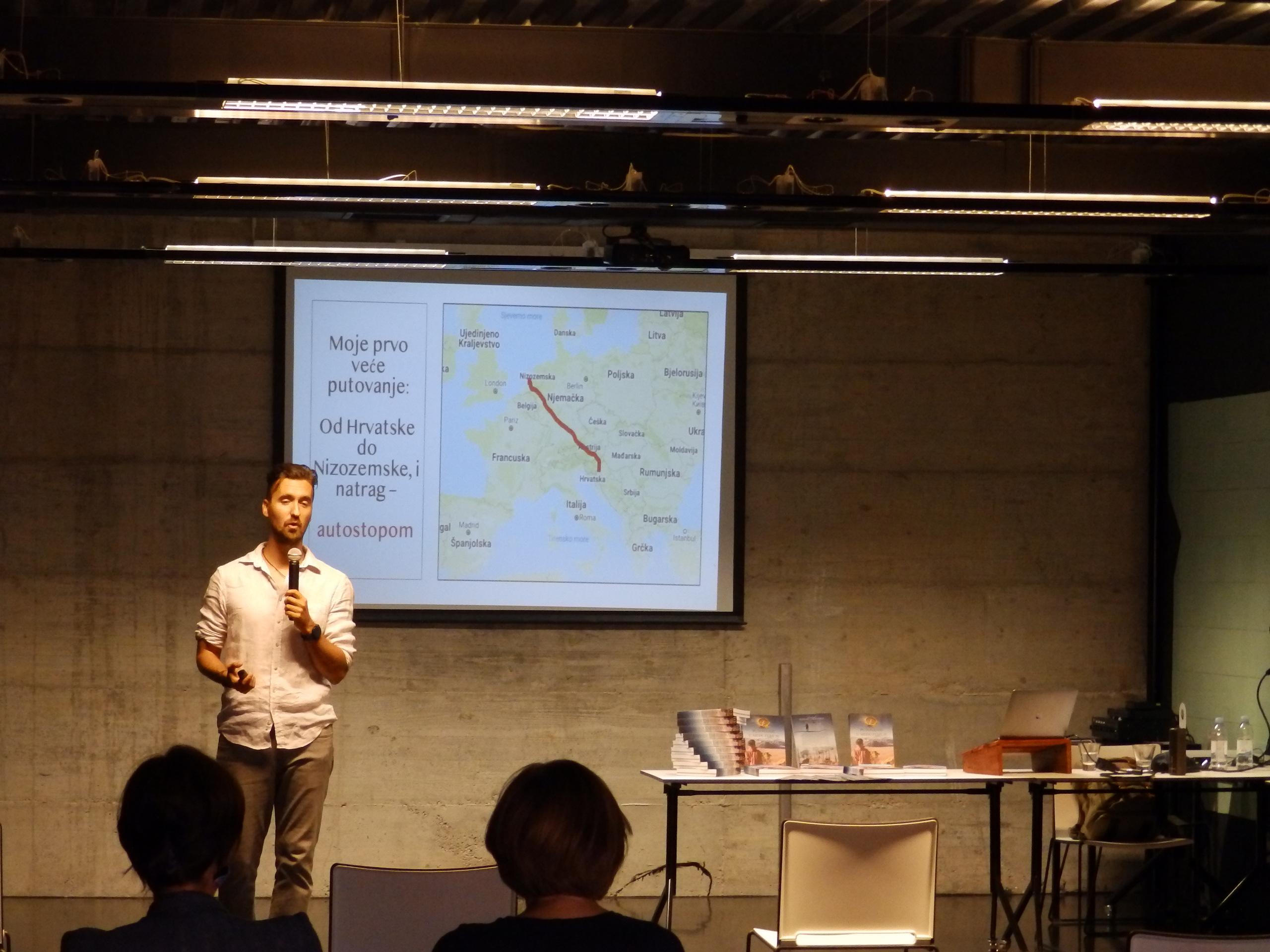 Tomica Kristić održao zanimljivo putopisno predavanje: Autostopom od Hrvatske do Novog Zelanda